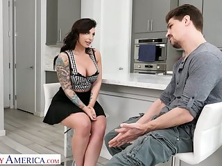 Bent renounce the sink voluptuous nympho Ivy Lebelle is fucked from behind