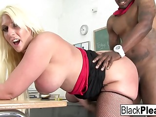Miss Staxxx gets fucked enduring