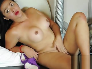 delicacy bulky Pi Ladyboy Cumming First of all Hands admirable jerk off