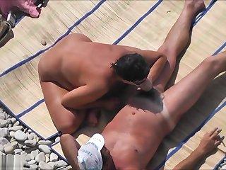 Voyeur Films A Couple Having Sex On Chum around with annoy Beach