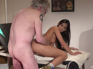 Angela Allison gets fucked in doggy song and missionary in the sky the bed