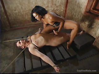Dominant Sydnee Capri wants forth show her lover what is a BDSM sex diversion