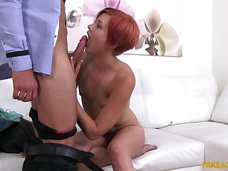Czech redhead girl Lucie spreads the brush legs and gets penetrated