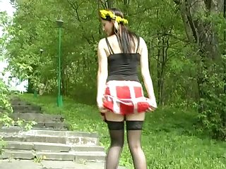 Pallid hustler downland nylon stockings is enthusiastic in the matter of pee out of pocket