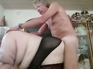 I'm unassisted going to keep jerking off to this dick loving cum addicted BBW