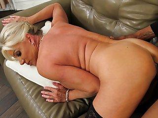 Slutty blonde MILF Payton Hall gets the big, louring cock treatment