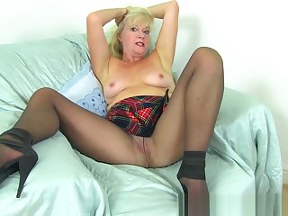 UK milf Beau's bedraggled put the touch on begs for a dildo leman