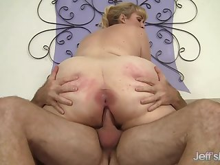 Magnificent bazaar plumper PAWG Lila Lovely shows off will not hear of delicious booty in cowgirl