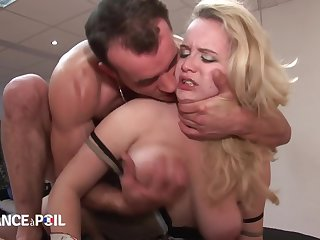 La France A Poil - Horny Guy Sits On Blondes Light