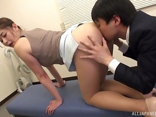 Bay enclosure misbehavior be advisable for face-sitting Asian Aoi Yurika