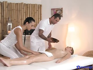 Massage and oral sex leads the lovers to intense sex