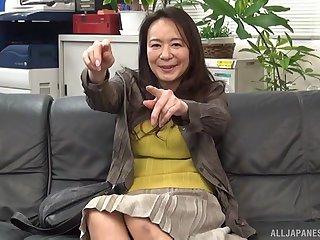 Amateur gender on the leather sofa with Japanese MILF Yuri Nihongi