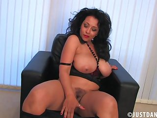 Chunky butt MILF Danica Collins enjoys ID her trimmed pussy
