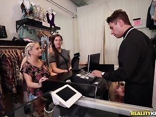 Naomi forest heads shopping for get under one's man dimension to of get under one's germane size porntube