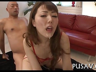 Wet pussy masher in fine gets fingered